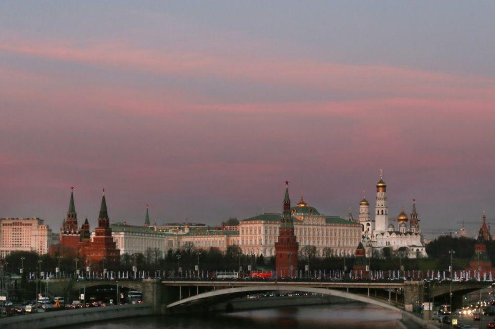 NEMA VIŠE POMERANJA KAZALJKI: Rusija trajno prelazi na zimsko vreme!