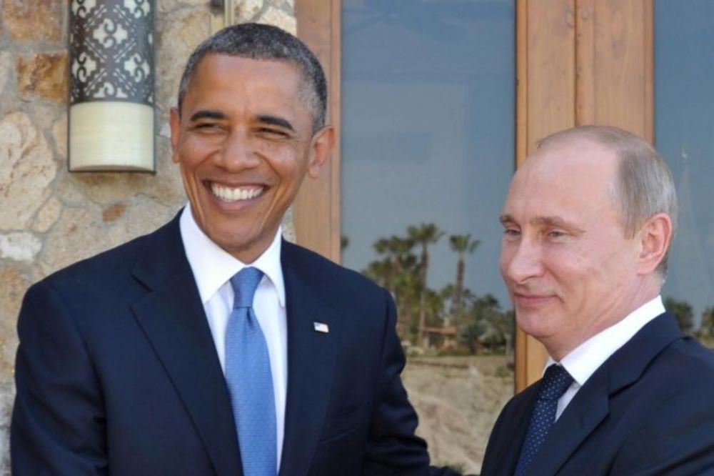 KAO ŠTO JE RED: Putin čestitao Obami 54. rođendan