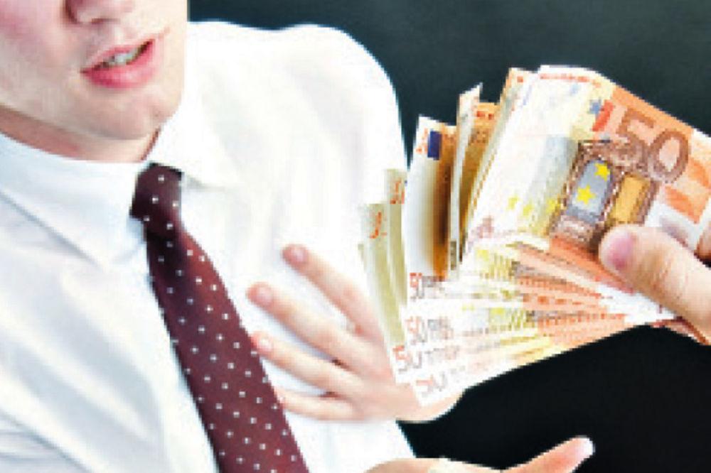 ZELENAŠENJE: Pozajmio 300 evra, a vratio deset hiljada!