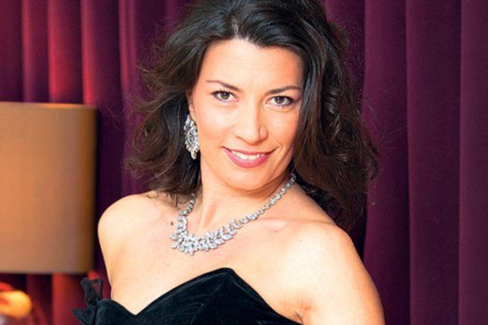 """Milena Vasić koju je televizijska publika naročito zavolela zbog uloge u serijalu """"Dama bez blama"""" u četvrtom je mesecu trudnoće. - milena-vasic-1395787742-468669"""