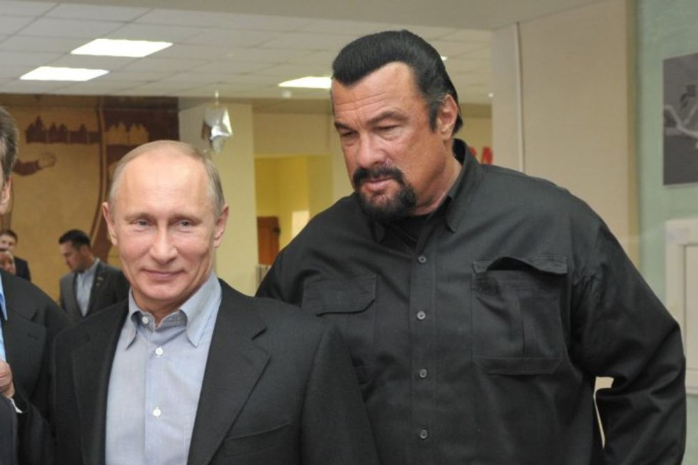 DIPLOMATSKA BOMBA: Vladimir Putin predložio Stivena Sigala za posrednika između Moskve i Vašingtona!