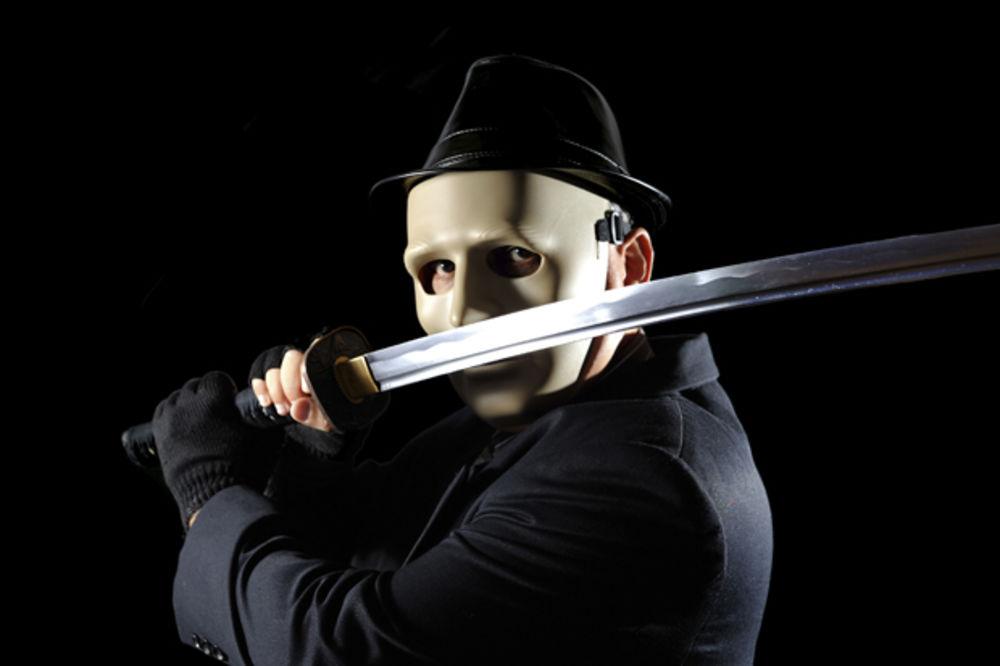 JAKUZE PRED RATOM, POLICIJA U STRAHU: Mafiju, koja broji 10.000 članova, očekuju krvavi sukobi!