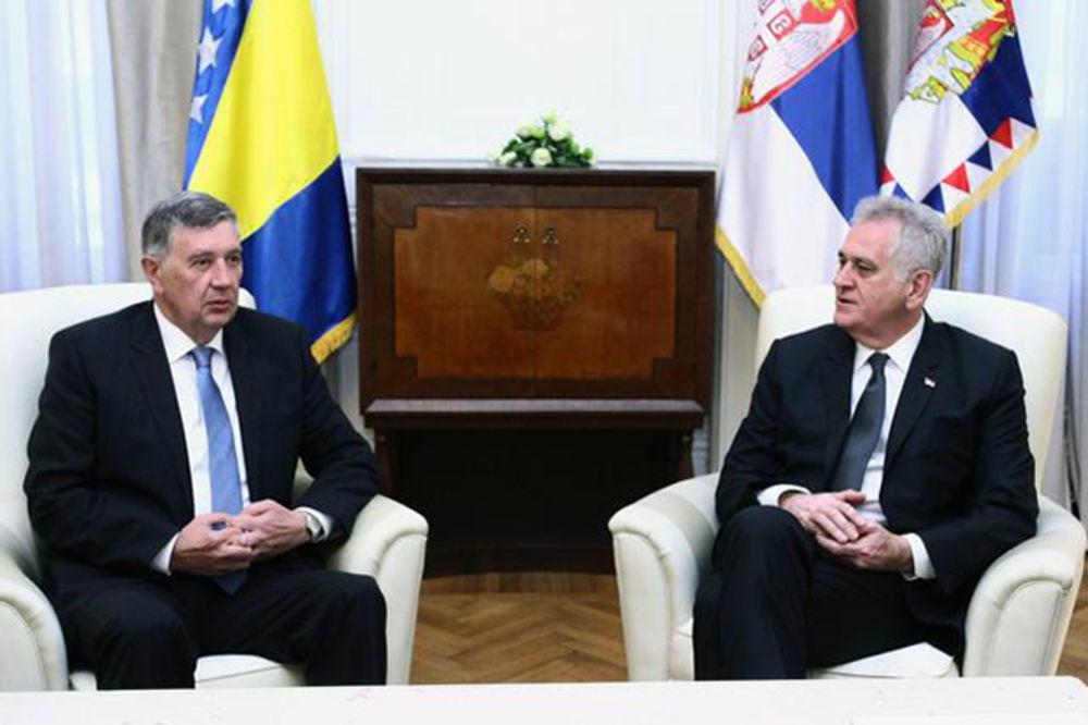 Predsednik Nikolić u podne sa Radmanovićem