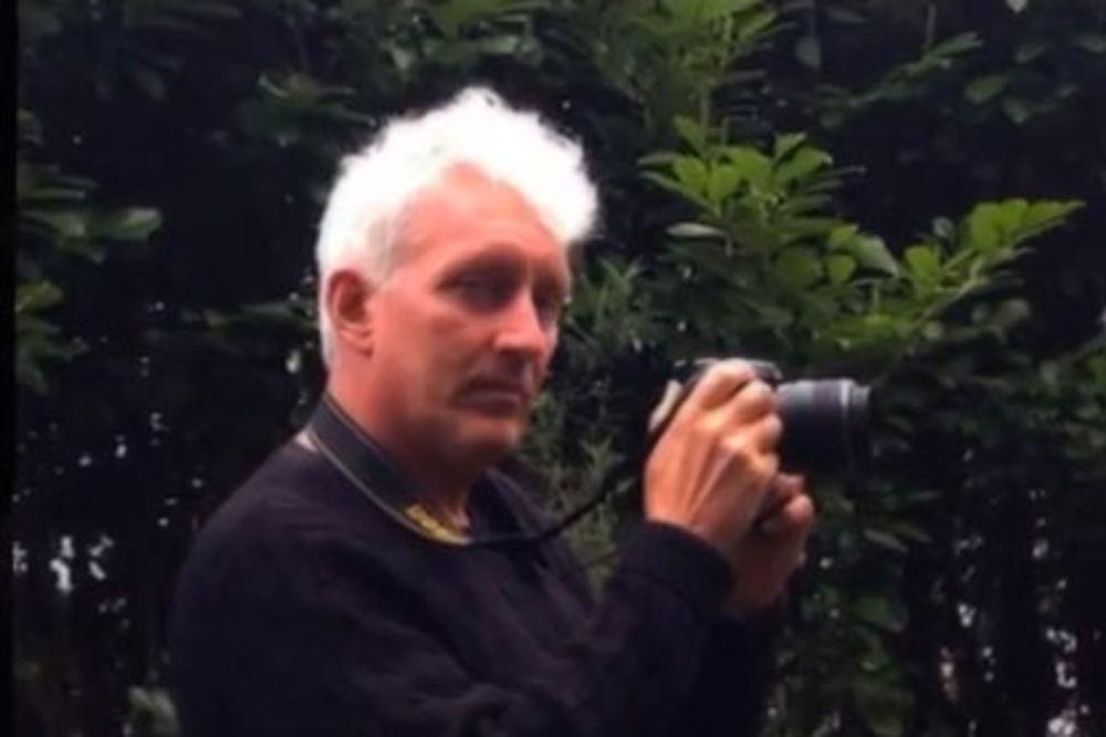 Profesor Džon Hajat Foto Printscreen