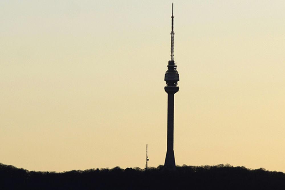 DAN KADA JE SRUŠEN AVALSKI TORANJ: Pre 17 godina simbol Beograda sravnjen do temelja