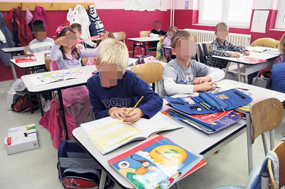 UVEDENE PRIVREMENE MERE: Škola sa dva direktora