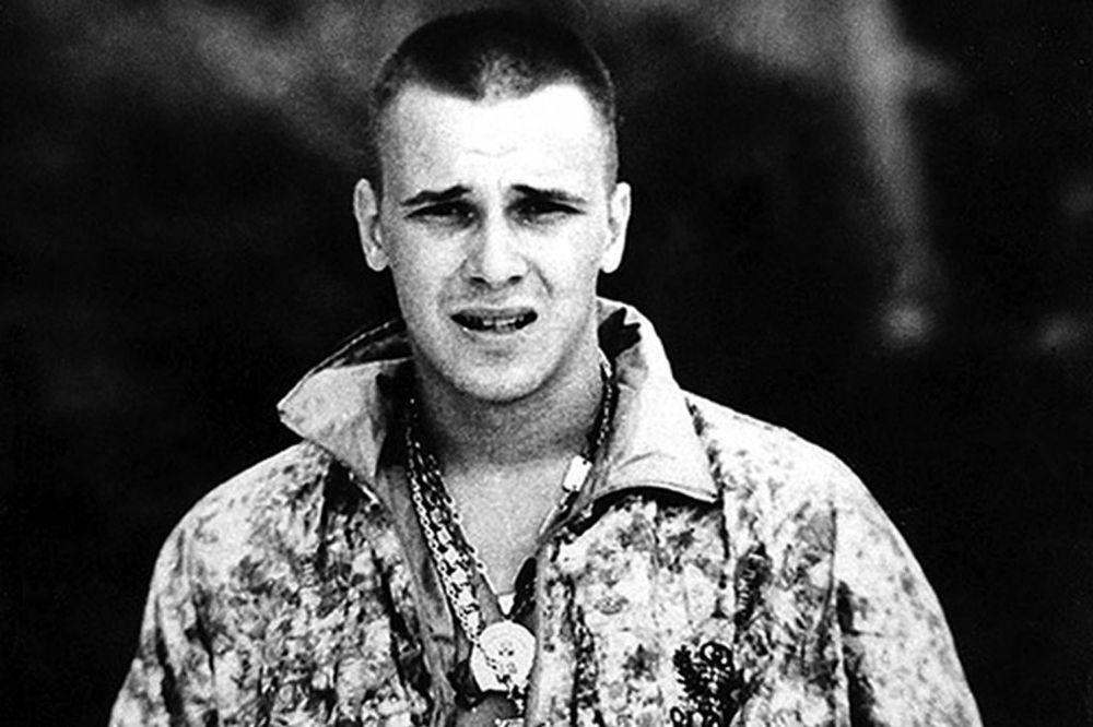 VIDIMO SE U ČITULJI - ZLOKOBNO PREDSKAZANJE: Evo kako su ubijeni akteri filma o kriminalu 90-ih