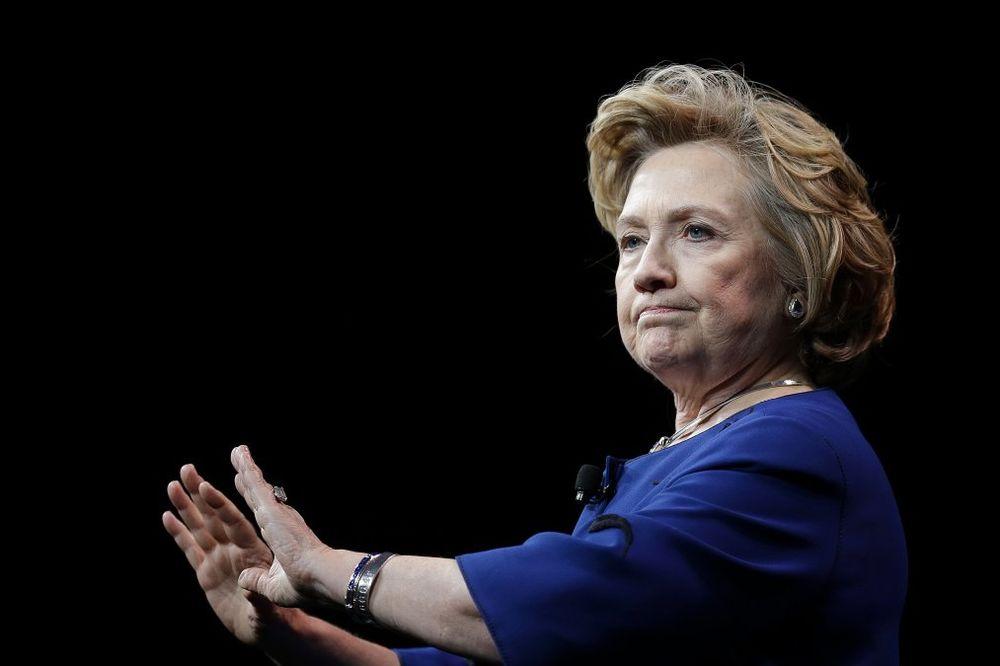 ŠTA JE KRILA: Hilari Klinton kršila zakon dok je bila na vlasti i obrisala tragove!