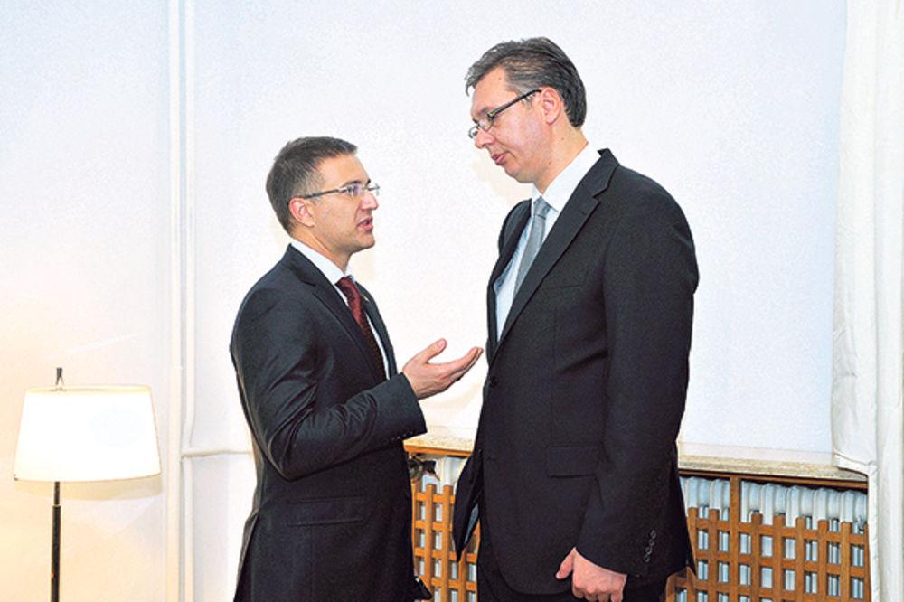 O OVOME BRUJE DRUŠTVENE MREŽE: Vučić i Stefanović u kvizu na RTS! Ali ne kao takmičari...