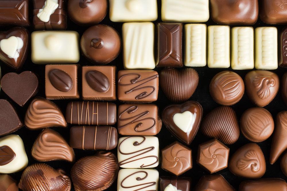 MOSKVA UZVRAĆA NA EVROPSKE SANKCIJE: Rusija uvodi embargo na čokoladu i cveće iz EU