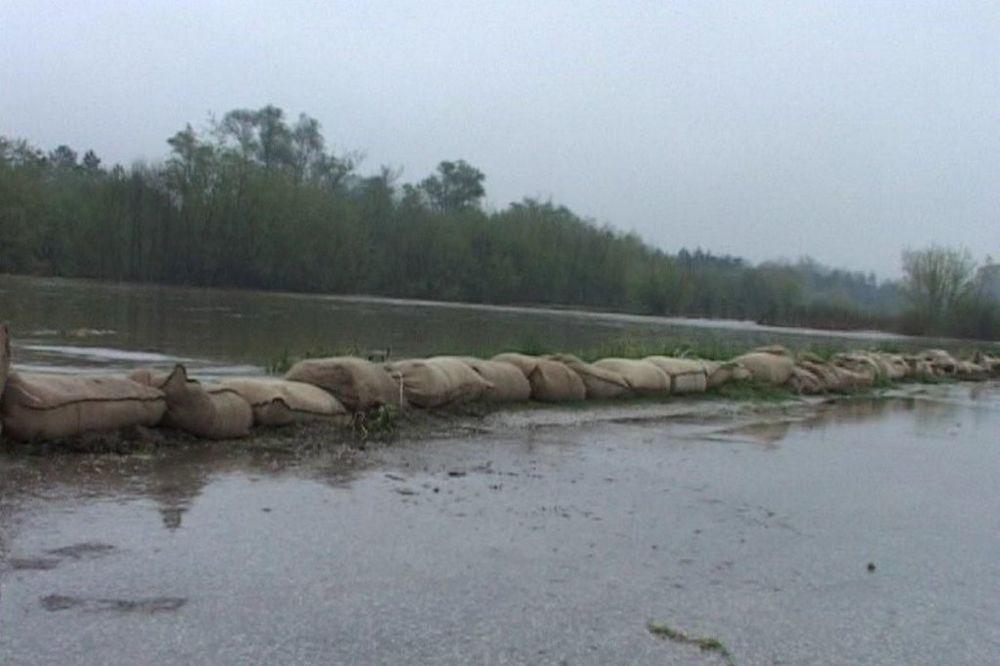 VANREDNO U ALEKSINCU: 16 kuća poplavljeno u Vitkovcu i Donjem Ljubešu
