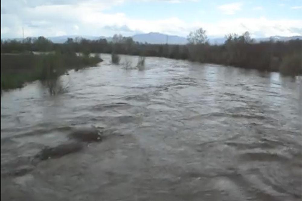 SRBIJA POD VODOM:  Voda u Tijabari i dalje nije za piće!