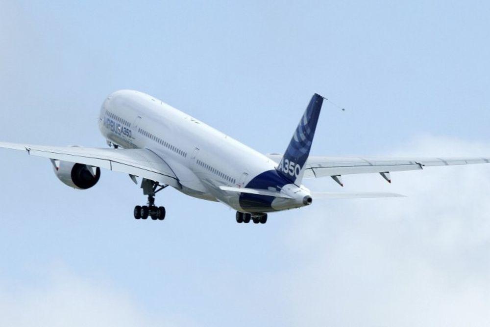 VIDOVNJAK PREDVIDEO PAD AVIONA: Aviokompanija odmah odlučila da promeni broj leta!