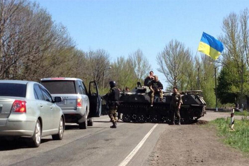 Ukrajinski kontrolni punkt Foto Printscreen Twitter