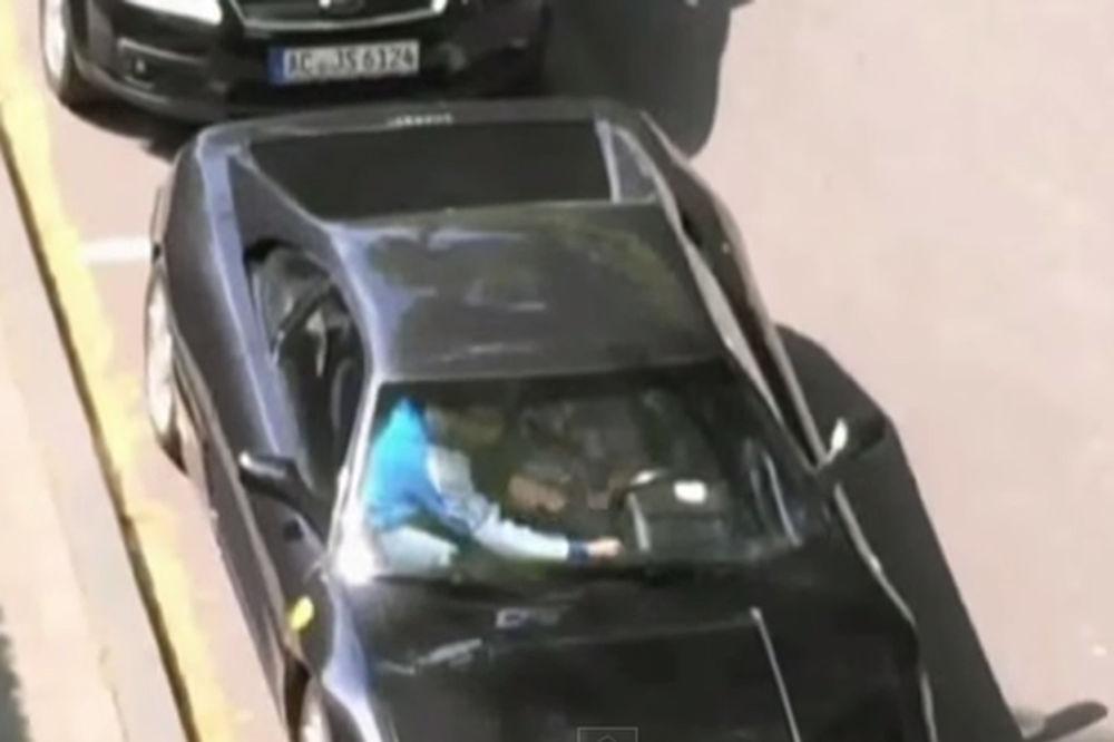 UKRALI FERARI ZA MINUT: Ovako radi uvežbana auto-mafija!