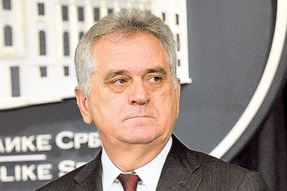 NIKOLIĆ U ALEKSINCU: Predsednik polaže venac na spomenik žrtvama bombardovanja