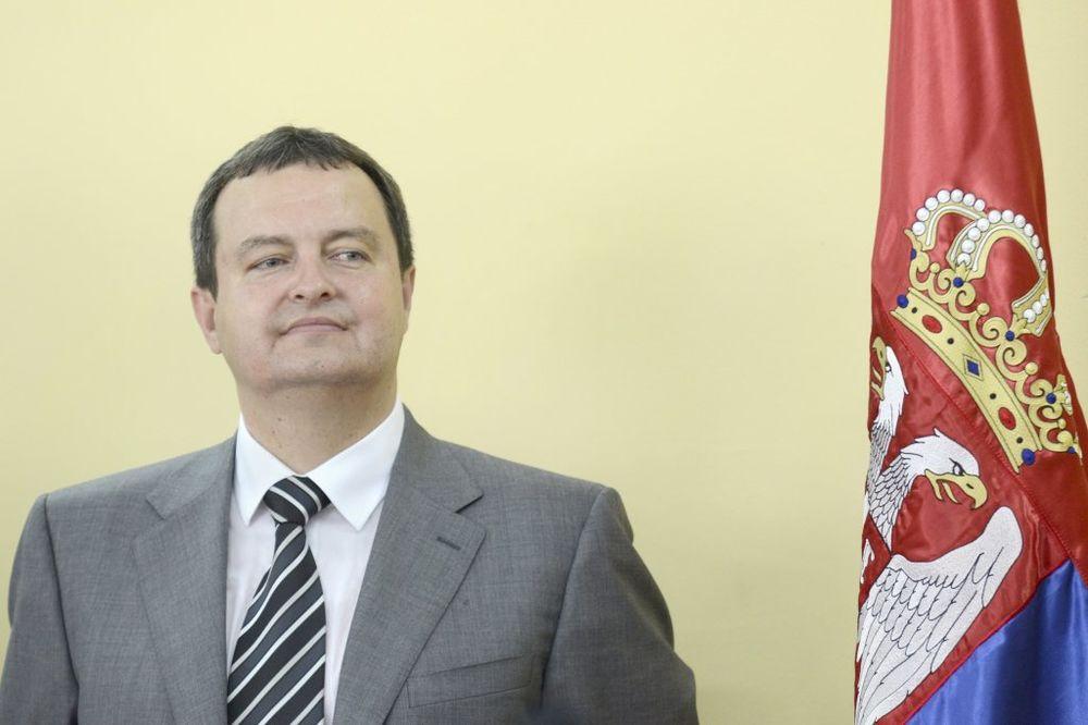 MINISTAR DAČIĆ: Podela Kosova dobro rešenje!