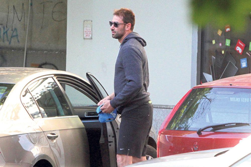 (FOTO) VRELIJA OD ADRIJANE: Marko Jarić se brčka sa novom devojkom