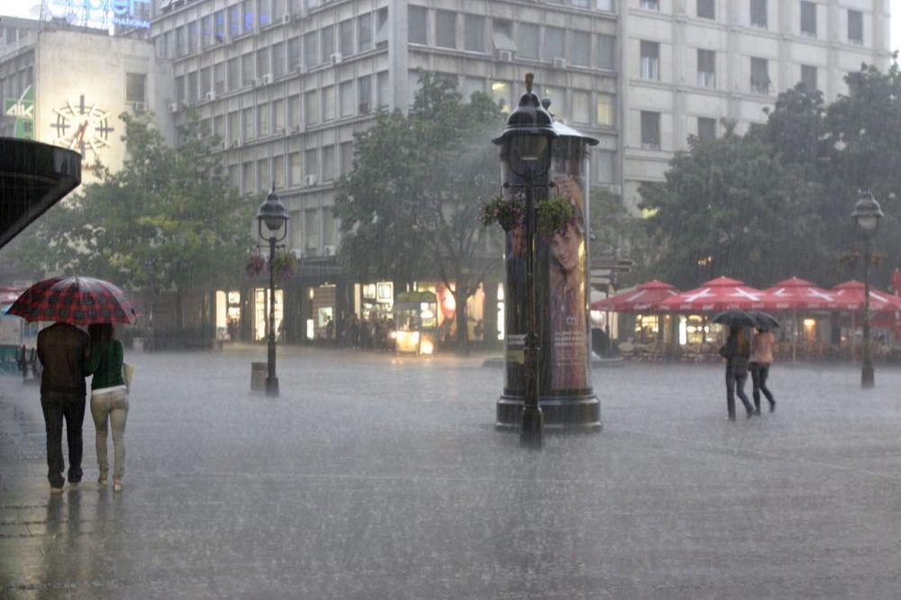 STRAHOVITA PROVALA OBLAKA: Nebo se otvorilo nad Beogradom