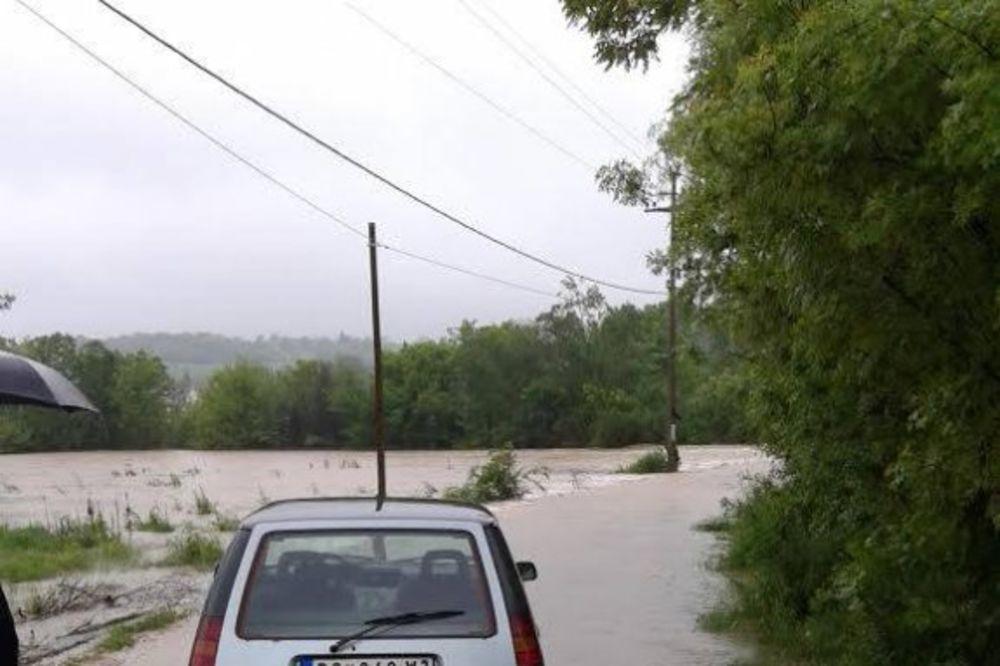 MAJ. 2014 GOD. Mala-mostanica-poplava-foto-facebook-1400091485-496425