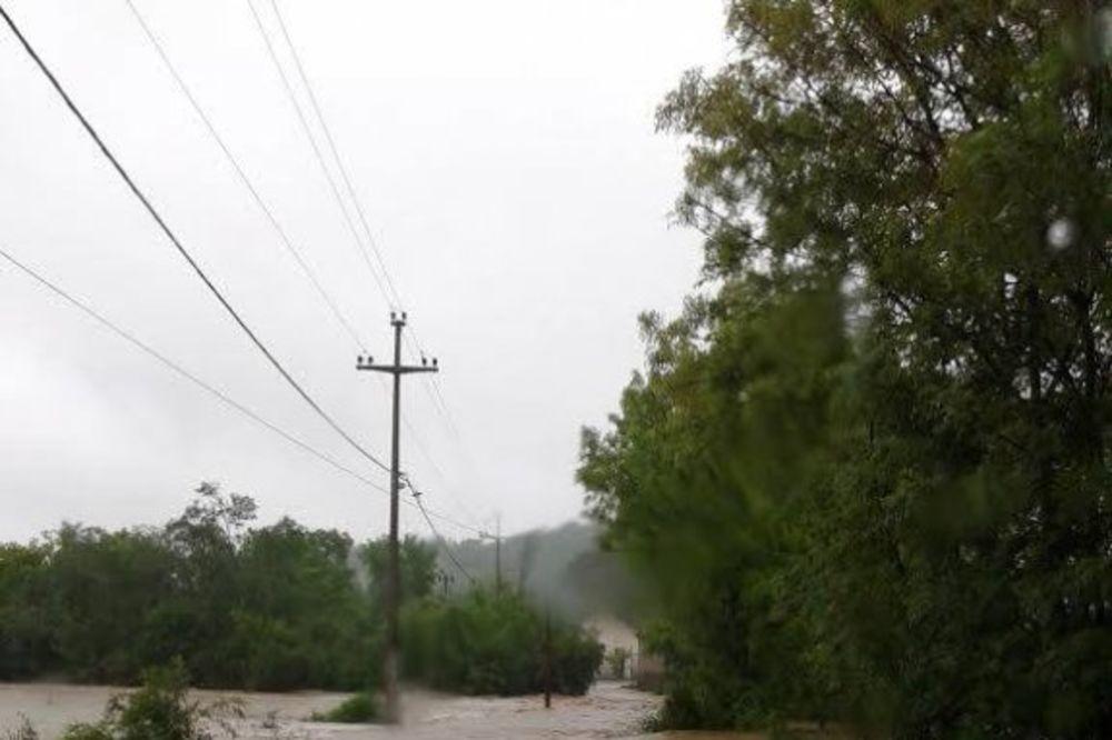 MAJ. 2014 GOD. Mala-mostanica-poplava-foto-facebook-1400091551-496427