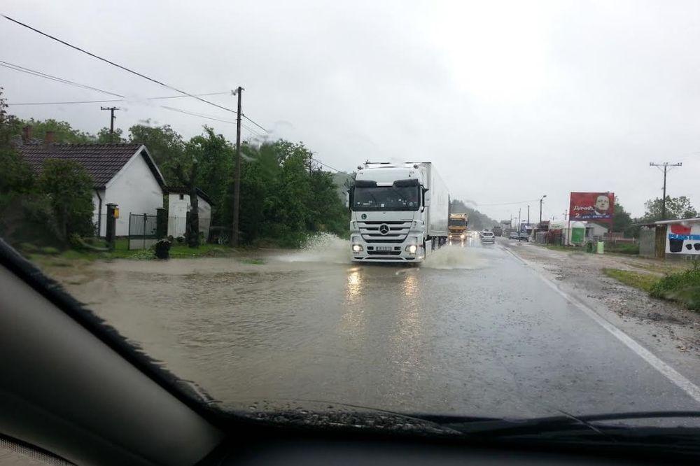 POPLAVLJENO: Neprohodan putni pravac od Niša ka granici s Makedonijom