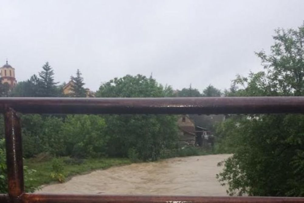 MAJ. 2014 GOD. Bg-poplava-u-beogradum-ibarka-foto-citaoc-kurira-1400093084-496441