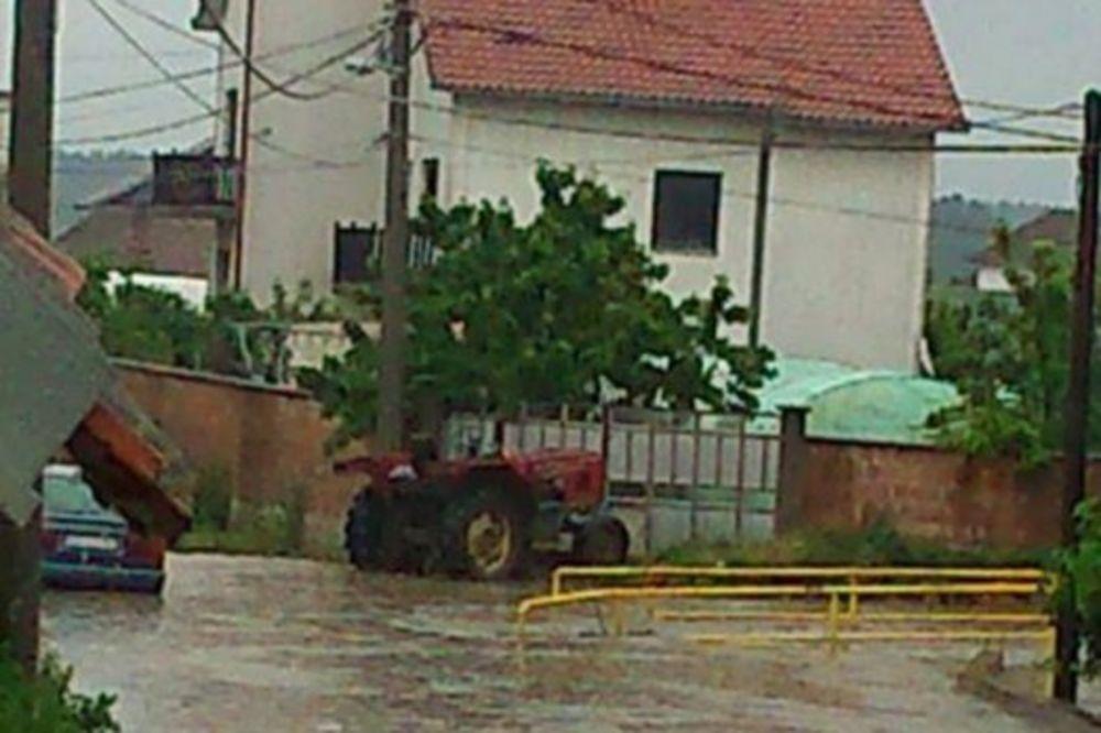MAJ. 2014 GOD. Veliko-selo-poplava-vanredno-stanje-beograd-foto-citaoci-reporteri-web-kuri-1400094207-496457