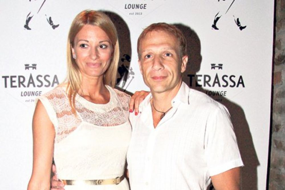 (FOTO) VODITELJ OSTAO BEZ SUPRUGE: Holivudski glumac ukrao ženu Milanu Kaliniću!