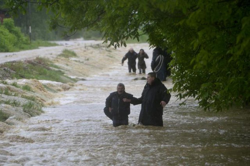 MAJ. 2014 GOD. Evakuacija-kolubara-foto-tanjug-1400160934-497009