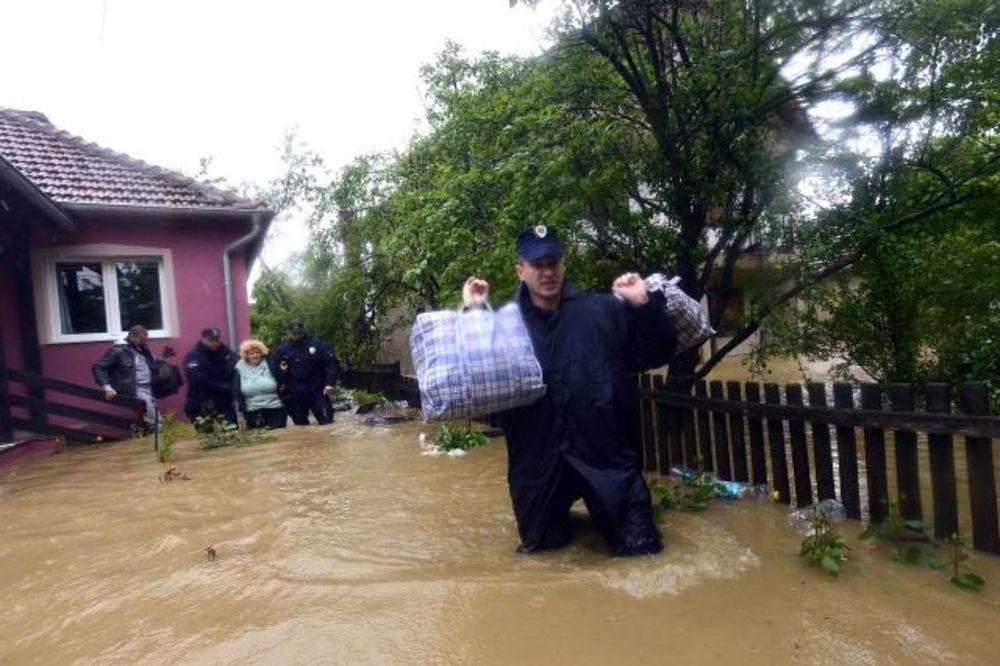 MAJ. 2014 GOD. Evakuacija-kolubara-foto-tanjug-1400160934-497019