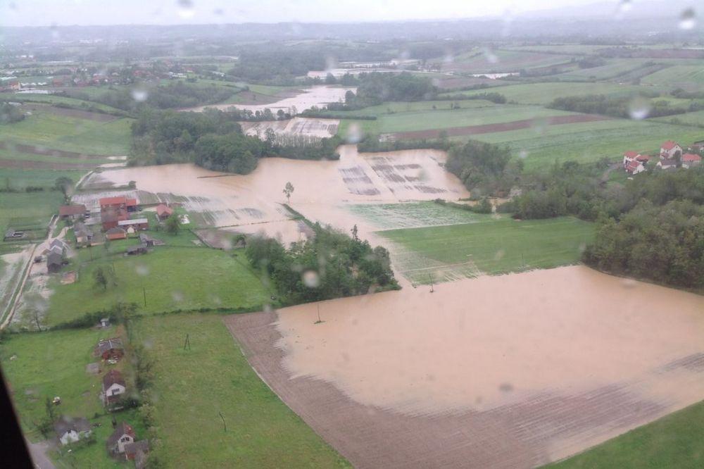 MAJ. 2014 GOD. Koceljevo-poplavapoplava-foto-mup-srbije-1400163129-497077