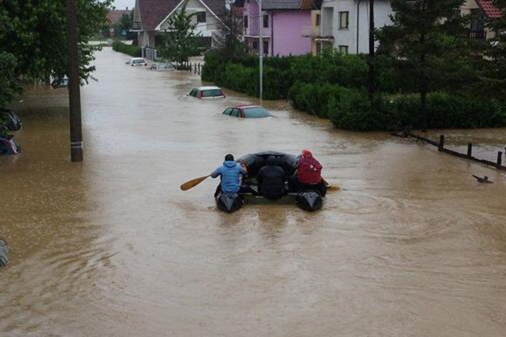MAJ. 2014 GOD. Ub-poplava-foto-tviter-1400163928-497081