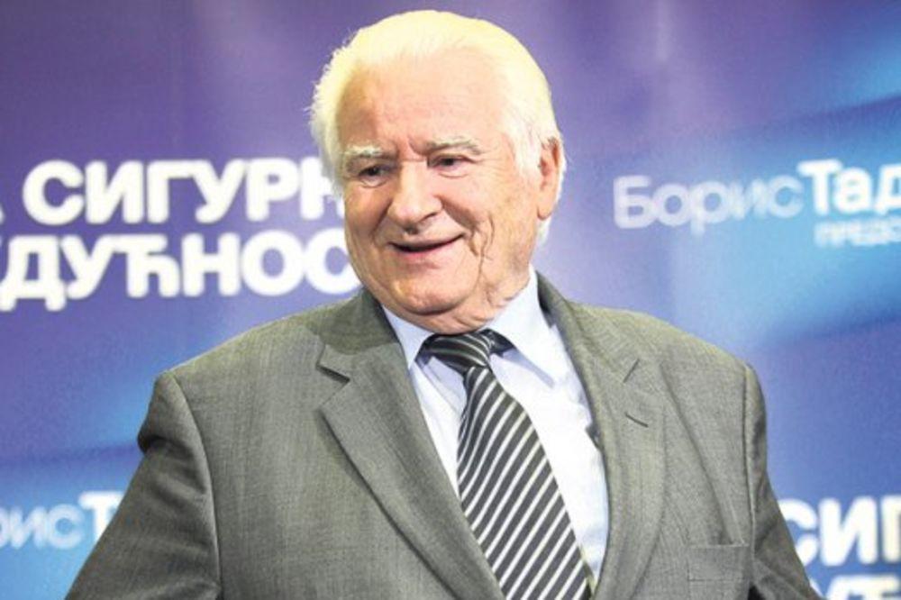UGRAĐEN MU STENT U KRVNI SUD: Dragoljub Mićunović nasmejan i oporavlja se!