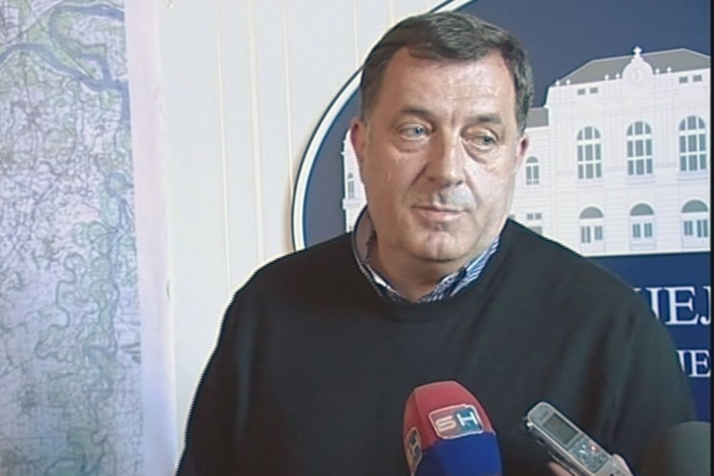 Dodik: Međunarodna komisija nek utvrdi istinu o Srebrenici!