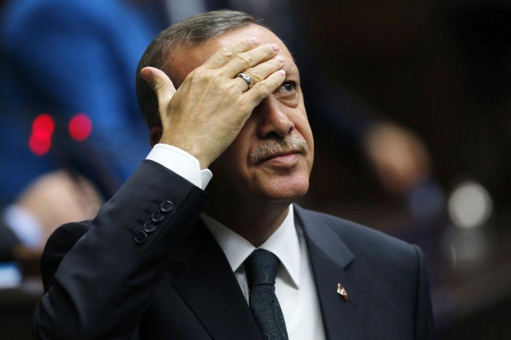 UVREDIO ERDOGANA: 11 meseci zatvora jer je napisao da Ankara sprovodi islamski autoritarizam