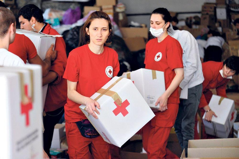 HUMANI KRAGUJEVČANI: Donirali oko 70 tona pomoći i blizu milion dinara