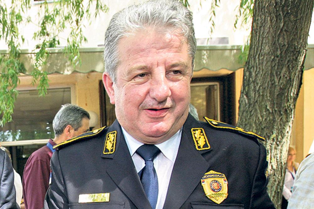 Moćan zaštitnik... Milorad Veljović