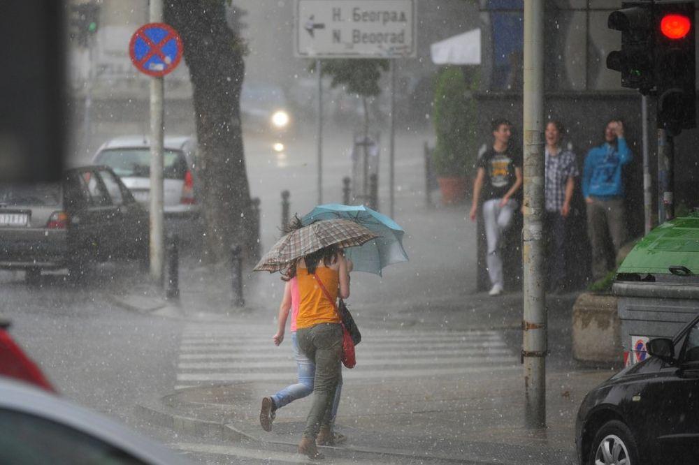 SRBIJI NE PRETI POTOP:  Domaći meteorolozi demantuju svetski meteo-servis!