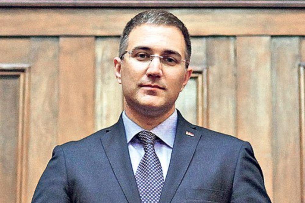 Stefanović: Napad na novinara prioritet policije