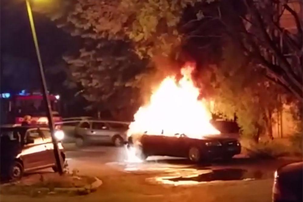 NASTAVLJA SE SERIJA NAPADA: Zapalili mu automobile, pa bacili bombu na kuću
