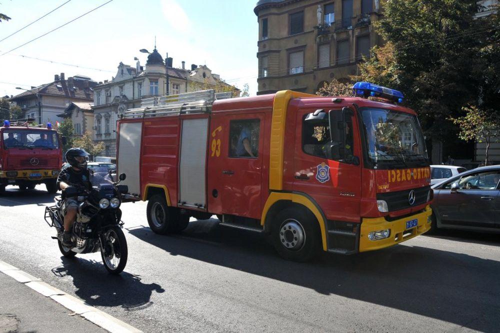 POŽAR U KNEZA MILOŠA: Gorela prodavnica igrački, nema povređenih