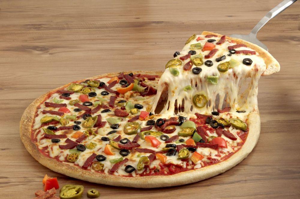 NIJE SVE KAKO IZGLEDA: Žena pozvala policiju da naruči picu, nećete verovati šta joj se dogodilo