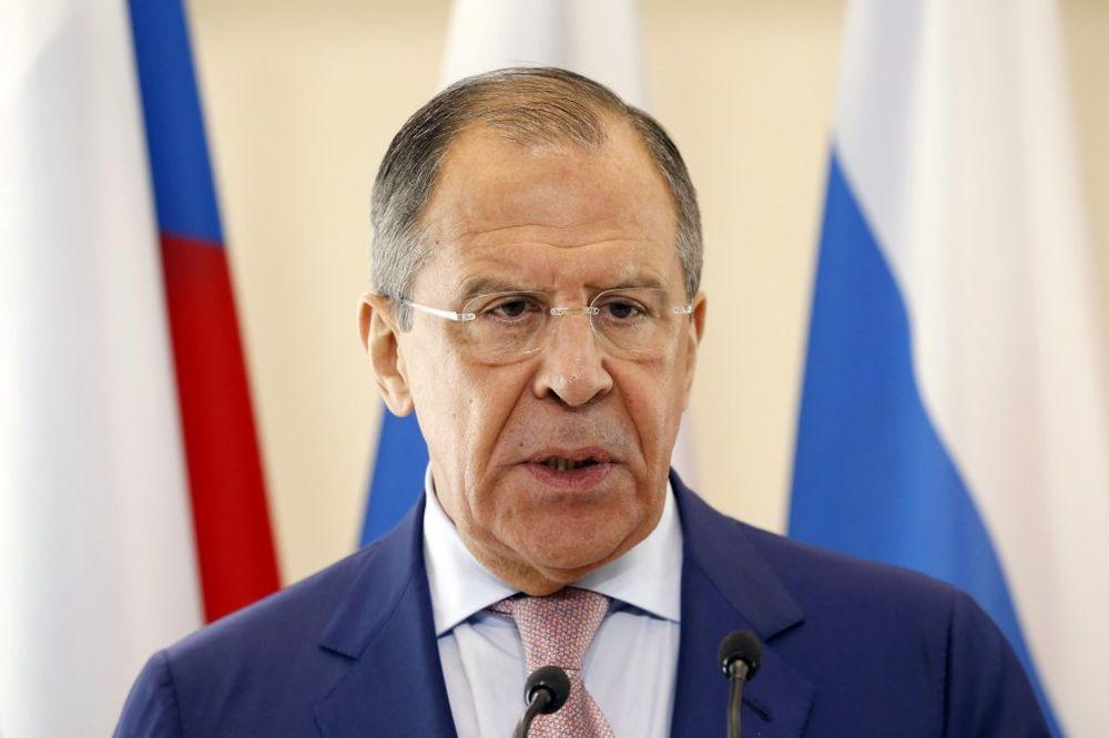 LAVROV: Opasni pokušaji smena režima u suverenim državama