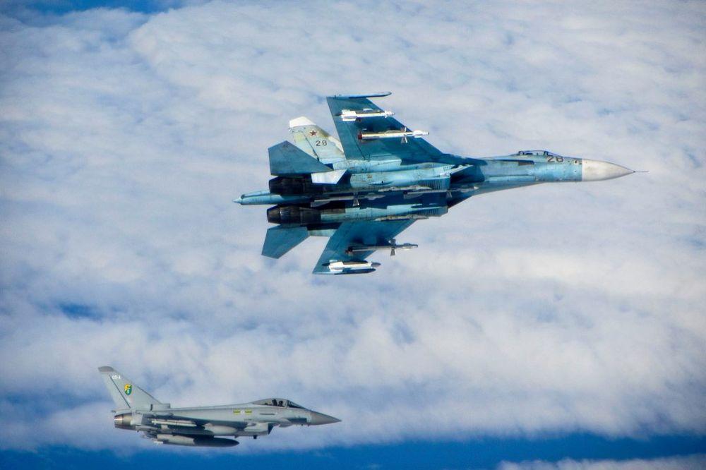 INCIDENT IZNAD BALTIKA: Britanski lovci poleteli u susret grupi od 10 ruskih aviona!