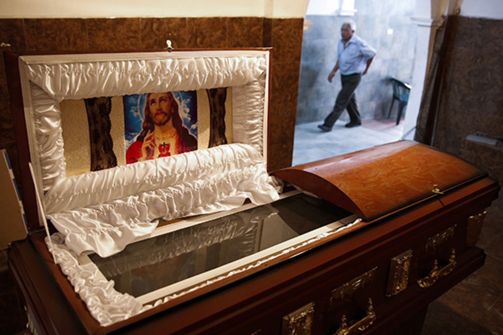 KRIZA U VENECUELI: Nestašica mrtvačkih kovčega!