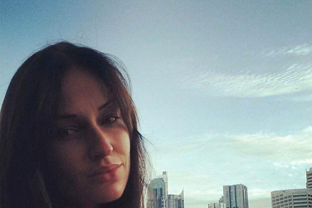KAD NARODNJAK PEVA ZABAVNJAK: Poslušajte kako Katarina Živković izvodi pesmu Lutka grupe Sars
