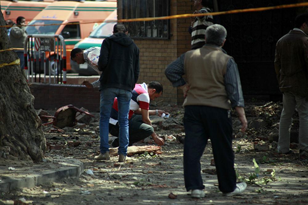BOMBA U KAIRSKOM METROU: 8 povređenih u eksploziji ispred Univerziteta