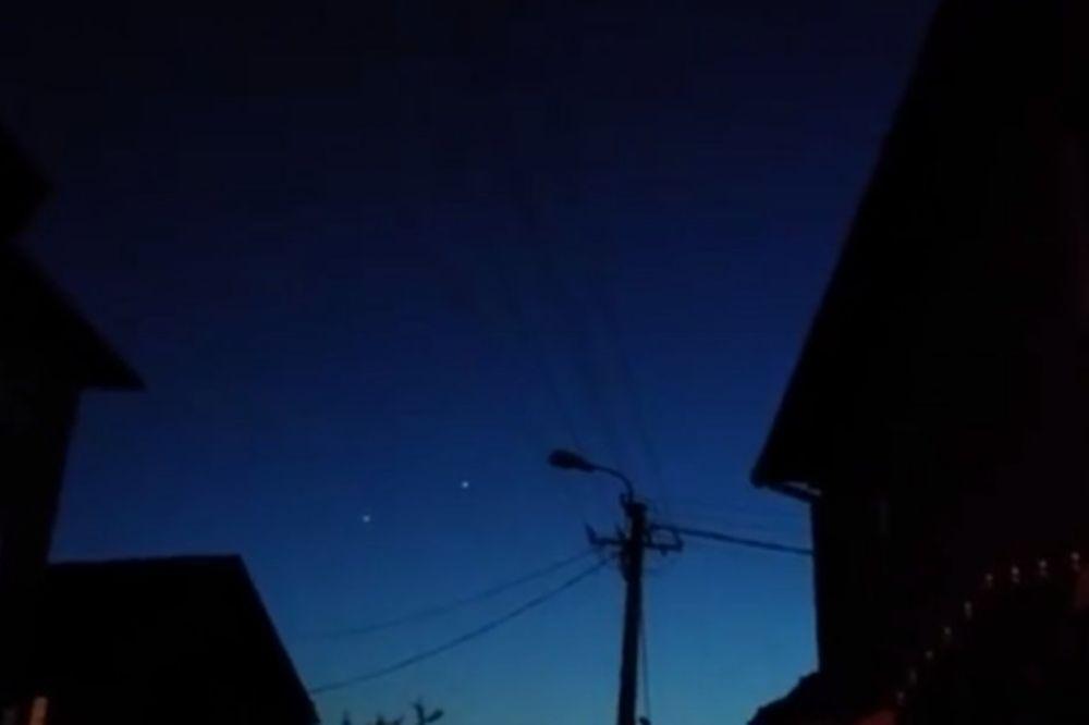 (VIDEO) NEOBIČNA SVETLOST: NLO iznad Novog Pazara!