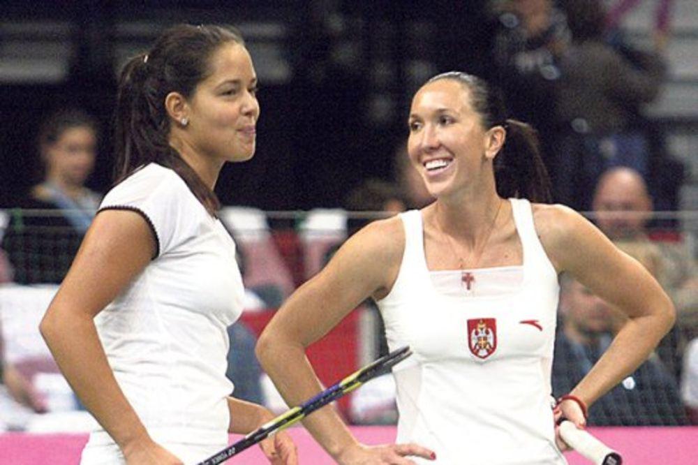 SIGURNE: Jelena i Ana u osmini finala